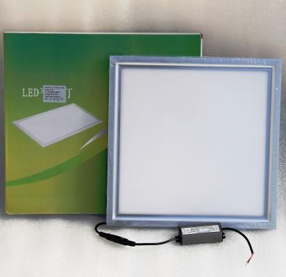 LED panel 30 x  30 cm 12W